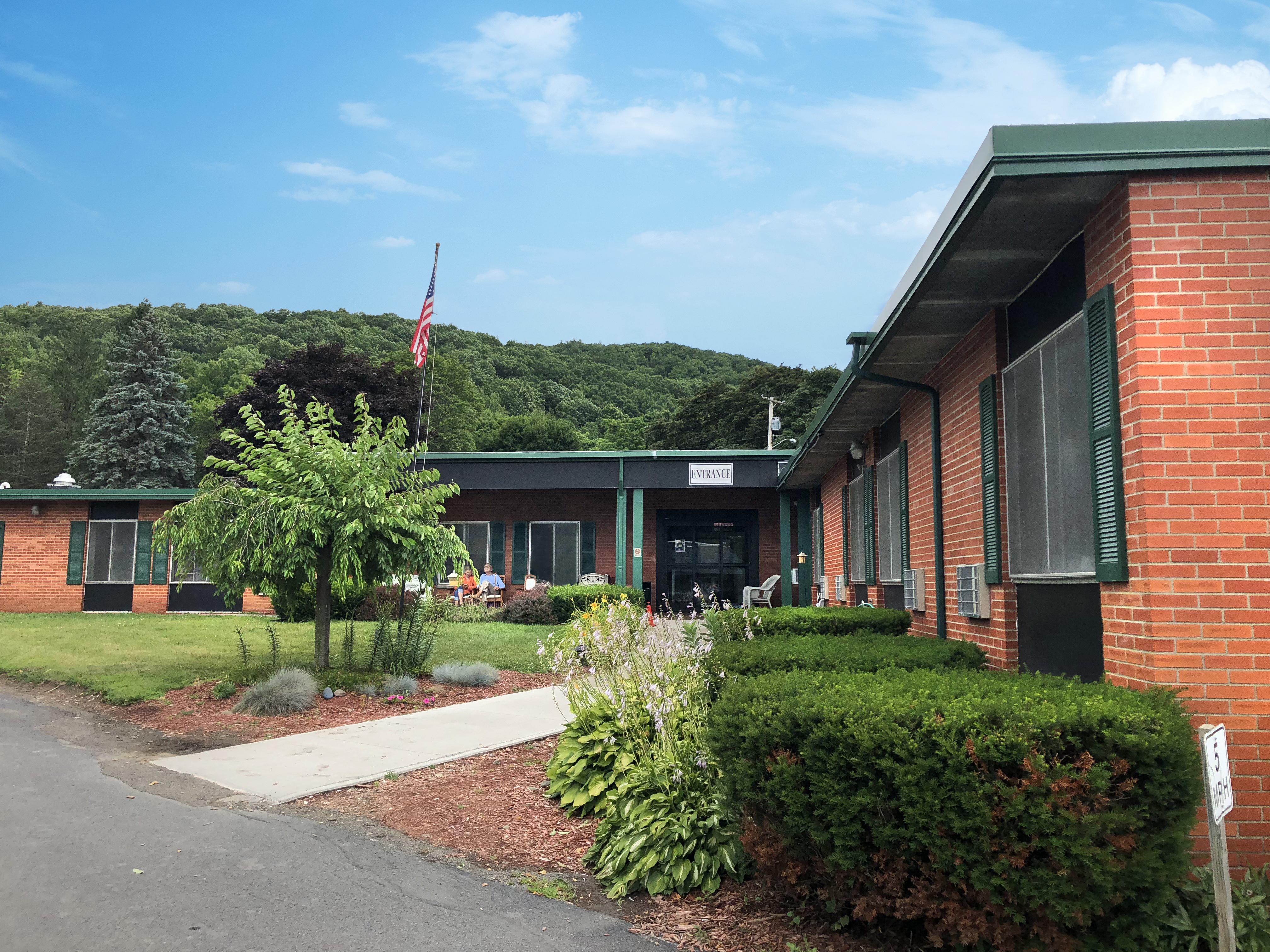 <span>Chestnut Park</span> Rehabilitation and Nursing